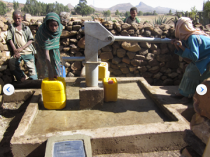 The well in use